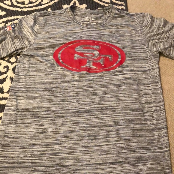 separation shoes 2bf6f b303d Nike dry fit San Fran 49ers shirt . Size small